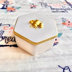 🐝 Bee Unique Trinket Box Accent 🐝